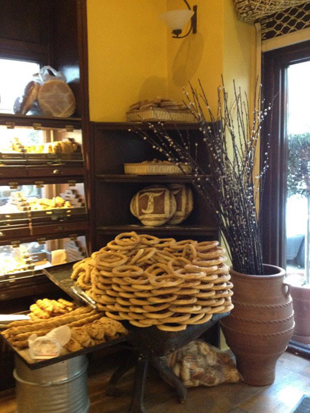 Οι καλοί φούρνοι της Αθήνας - Μαμά ψωμί