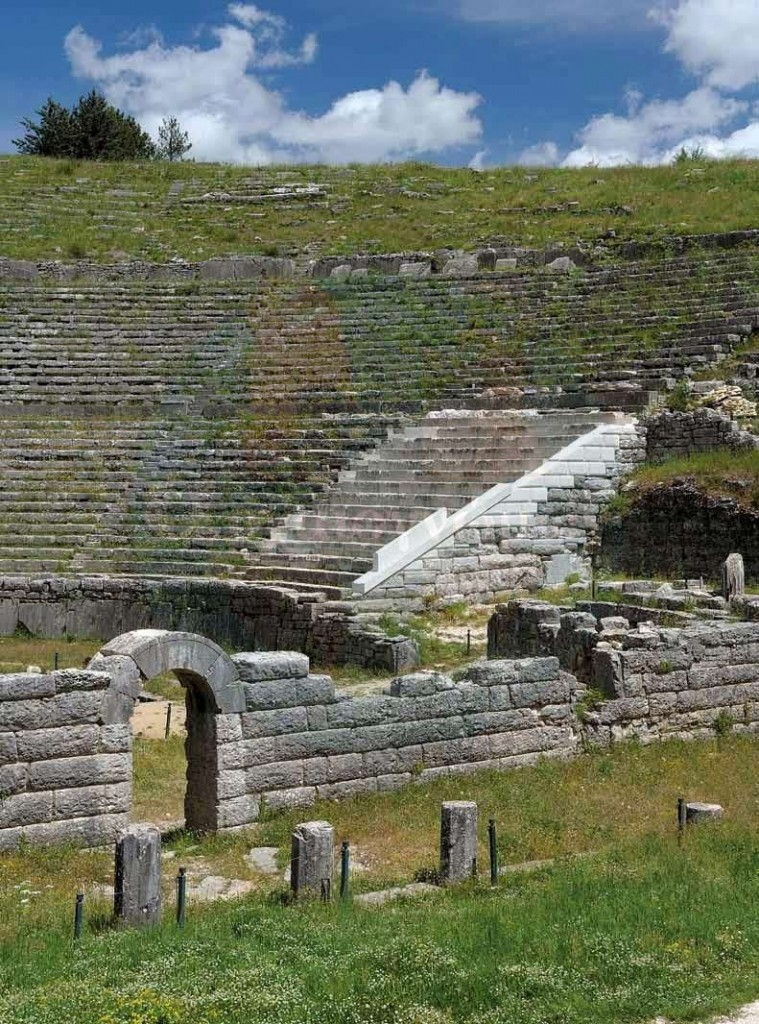 Ancient-theater-Epirus