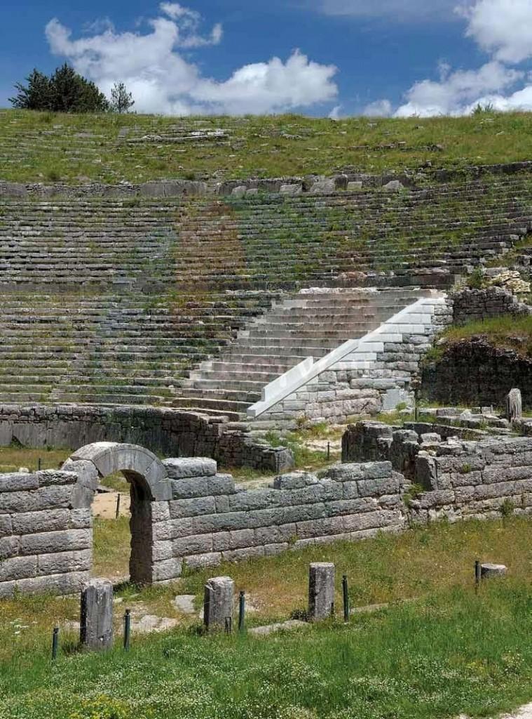Ancient-theater-Epirus